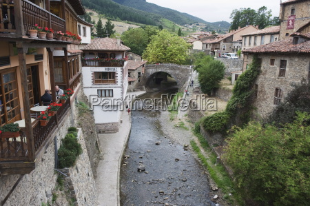 old town of potes in picos