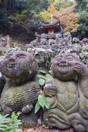 stone statues at otagi nenbutsu ji
