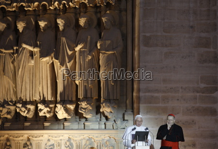 pope, benedict, xvi, speaking, to, the - 20768169