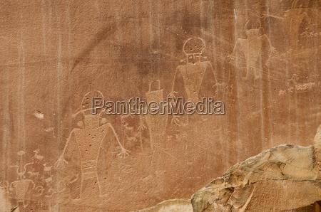 fremont petroglyphs capitol reef national park