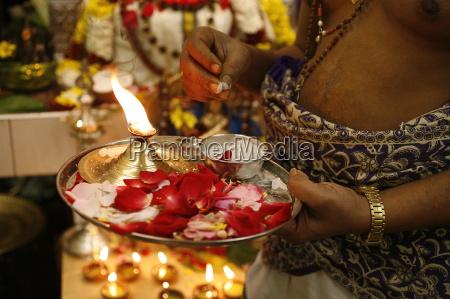 hindu puja celebration in a sri