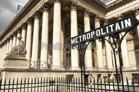 stock exchange la bourse and metropolitain
