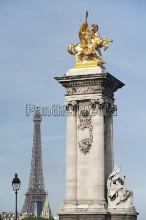 decorated pillar of alexandre iii bridge