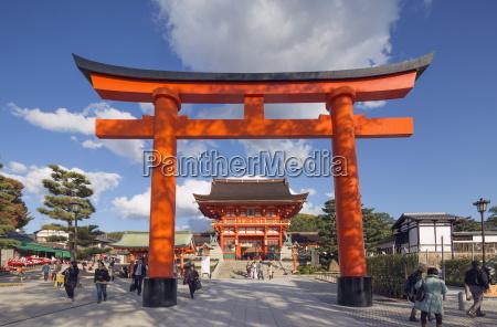 torii gate at fushimi inari jinja