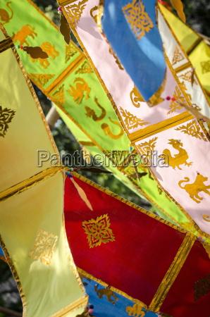 thai dekorationen des neuen jahres wehen
