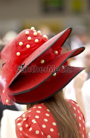 race goer in true ascot fashion