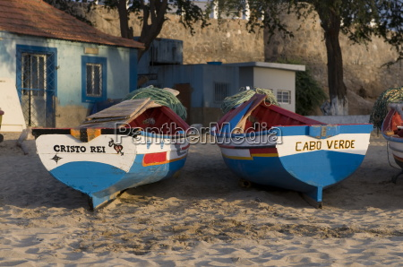 fishing boats with names tarrafal santiago