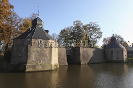 architektonisch stadt farbe reflexion europa horizontal