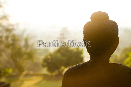 stone buddha statue at suise at