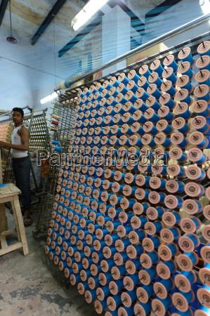 silk threads in the looms varanasi