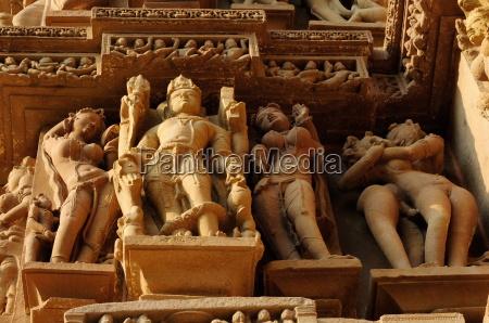 sculptures on jain temple khajuraho unesco