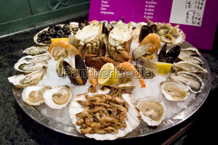 ready to eat seafood platter at