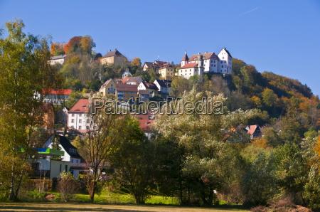 schloss egloffstein in der fraenkischen schweiz