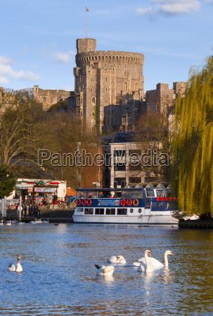 windsor castle and river thames windsor