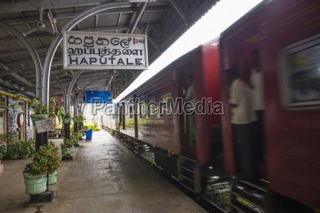 train at haputale train station sri