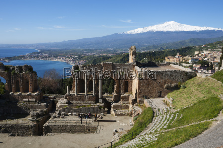 the greek amphitheatre and mount etna