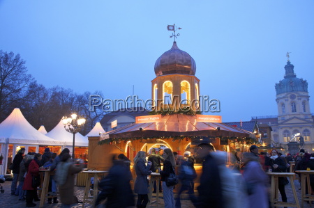 xmas market charlottenburg palace berlin germany