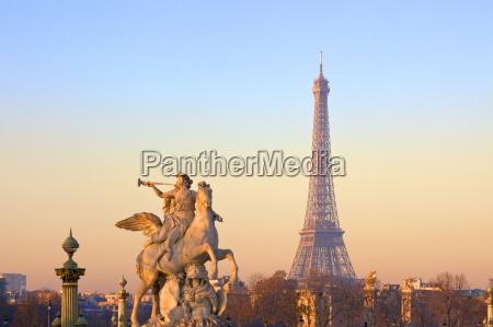 eiffel tower from place de la