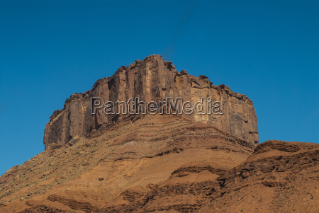 the fisher towers in castle valley
