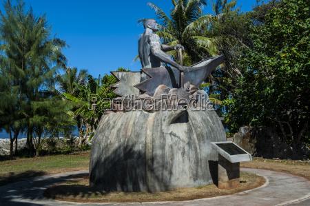 fahrt reisen statue horizontal outdoor freiluft