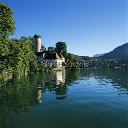 chateau beside lake duingt lake annecy