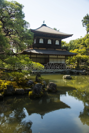 kannon den temple structure in the