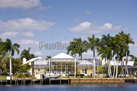 luxury vacation homes at port of