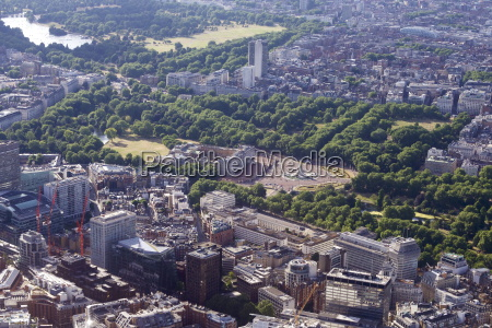 aerial view of buckingham palace london
