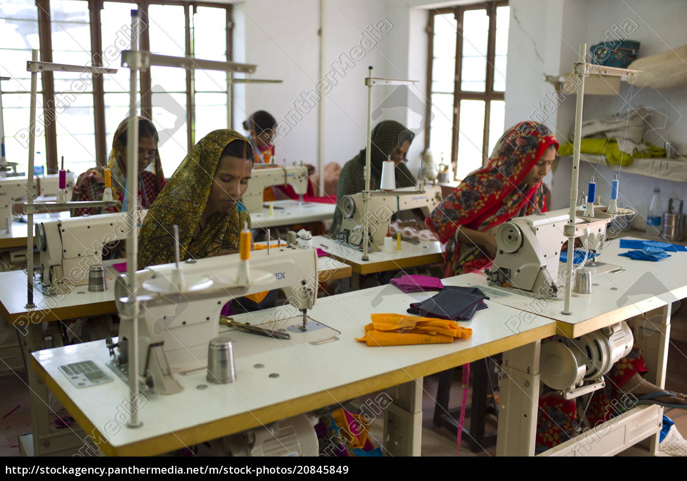 indian, women, sewing, textiles, at, dastkar - 20845849