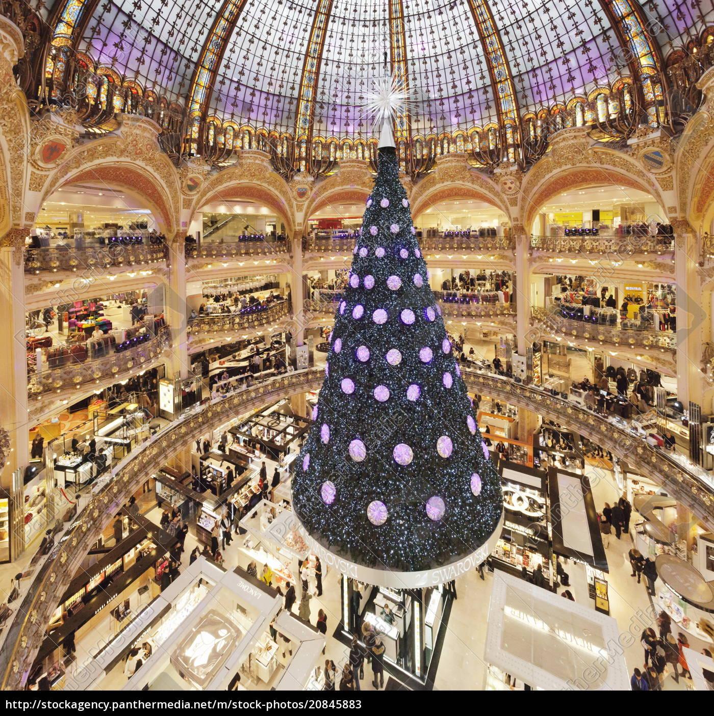 weihnachtsbaum, in, galerie, lafayette, paris, ile, de, france, frankreich, europa - 20845883