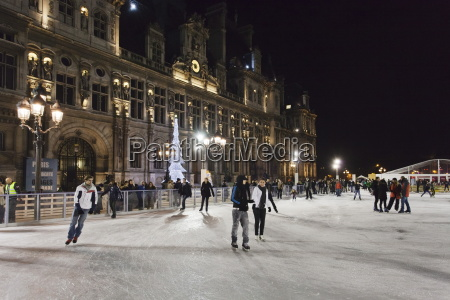ice skaters at the town hall