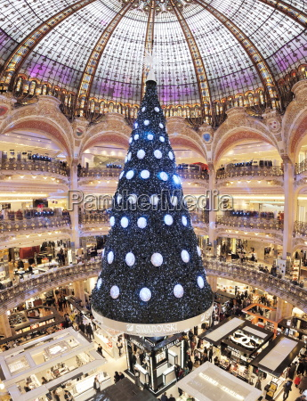 galeries lafayette at christmas season paris