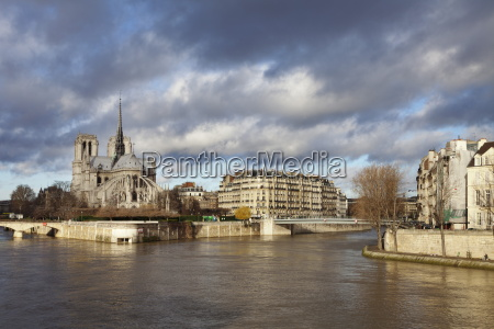 notre dame cathedral on the river