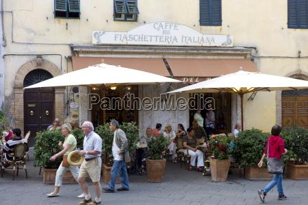 diners eat al fresco at restaurant