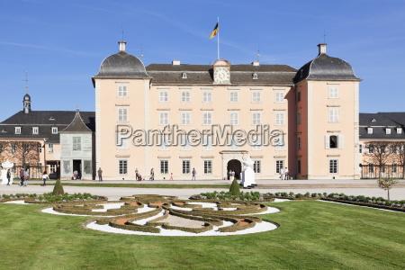 schloss schwetzingen palace palace gardens schwetzingen