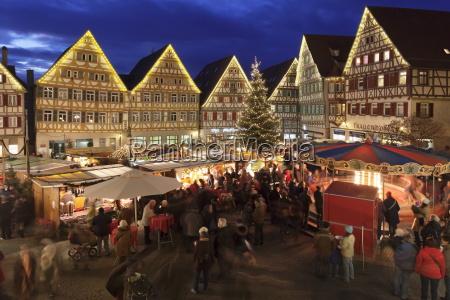 weihnachtsmarkt im marktplatz herrenberg boeblingen bezirk