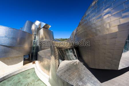 architect frank gehrys guggenheim museum futuristic