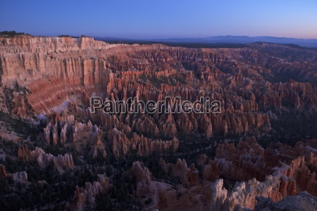 dawn from bryce point bryce canyon