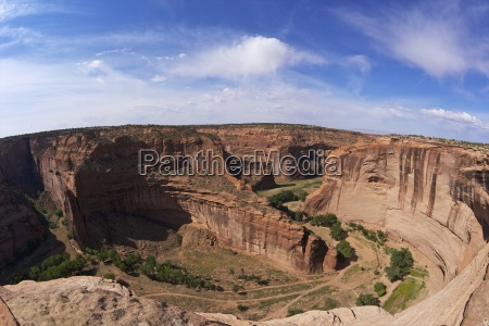 divide between canyon del muerto and