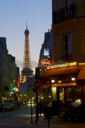 eiffel tower in the evening paris