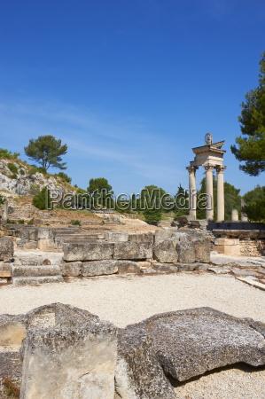 ancient roman site of glanum st