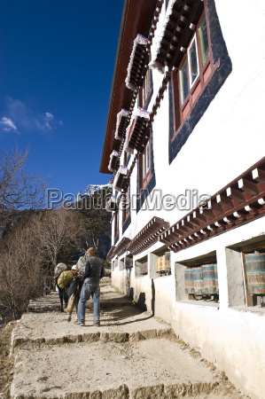 namche gompa monastery namche bazaar solu