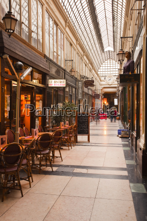 passage des panoramas in central paris