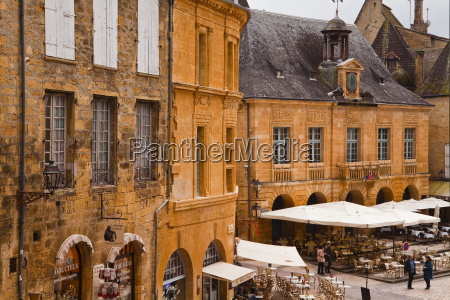 the old town of sarlat la