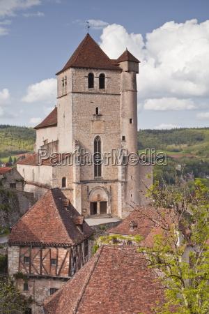 the village of saint cirq lapopie