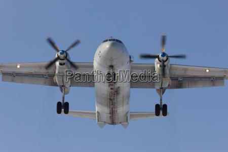 transport transportieren landung flugplatz flughafen russland