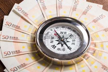 compass on euro note