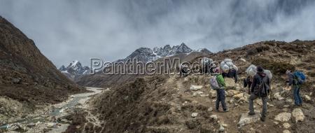nepal himalaya khumbu pheriche trekkers and