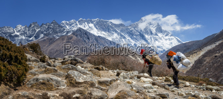 nepal himalayas khumbu everest region shepas