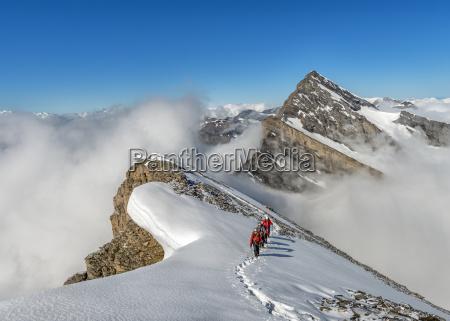 fahrt reisen wolke alpen schweiz outdoor